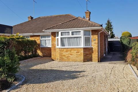 2 bedroom bungalow to rent - Central Cheltenham GL52 6RW