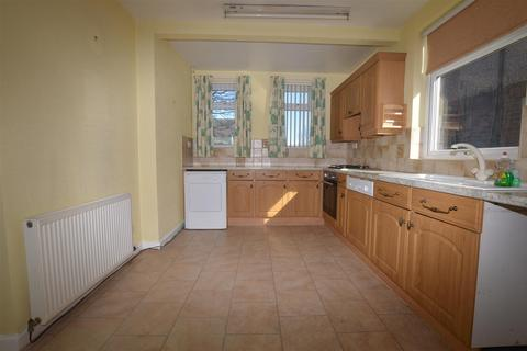 3 bedroom semi-detached house to rent - Gain Lane, Bradford