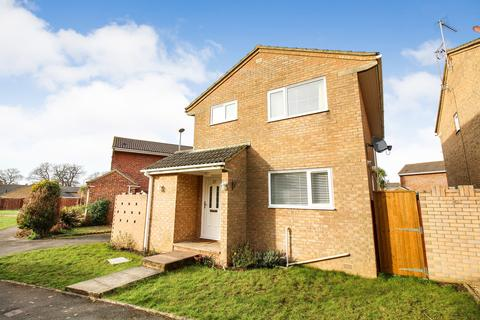 3 bedroom detached house for sale - Frenchs Farm Road, Upton
