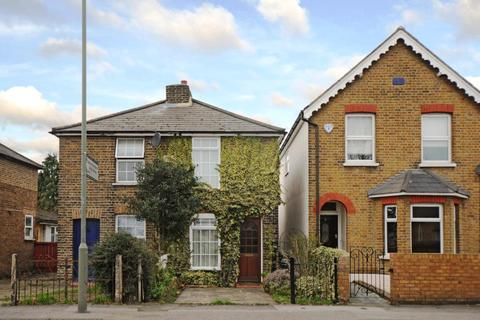 2 bedroom cottage to rent - Vicarage Road, Sunbury-on-Thames, TW16