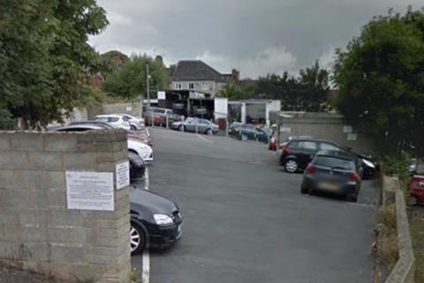 Parking to rent - Newhall Street, Swindon SN1