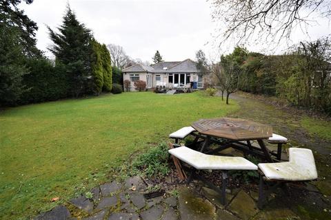 3 bedroom detached bungalow to rent - Osborne Grove, Heald Green, Cheadle