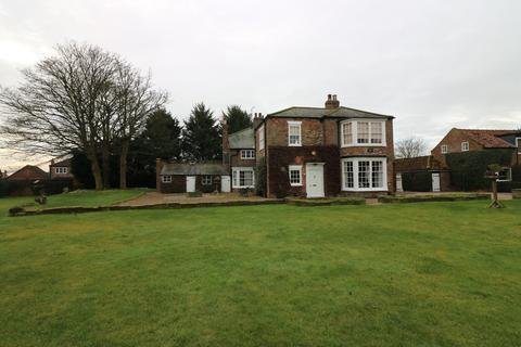 4 bedroom detached house to rent - Main Street, Beeford