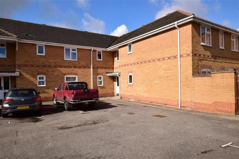 1 bedroom apartment for sale - Wallace Drive, Wickford, Essex