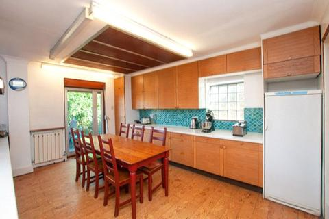 4 bedroom house to rent - Woodstock Road, London, NW11