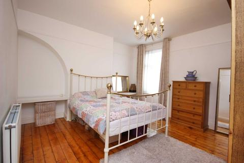 2 bedroom terraced house for sale - Conway Road, Sale