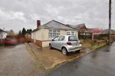 2 bedroom detached bungalow for sale - Highway Road, Thurmaston