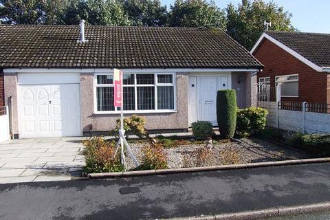3 bedroom bungalow to rent - Thornbury Avenue, Lowton