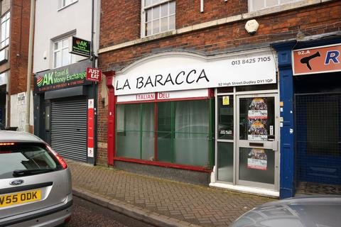 Retail property (high street) to rent - High Street, Dudley DY1