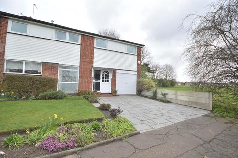 5 bedroom semi-detached house to rent - Dunelm Drive, Sale