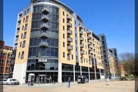 1 bedroom apartment to rent - Queens Court, HU1