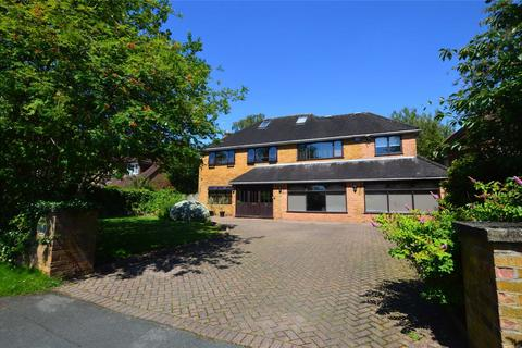 5 bedroom detached house to rent - Blueberry Road, Bowdon, Altrincham, Cheshire, WA14
