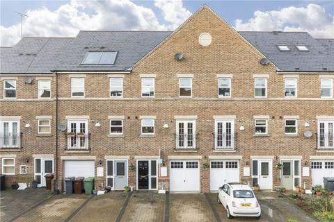4 bedroom townhouse for sale - Carisbrooke Road, Leeds, West Yorkshire