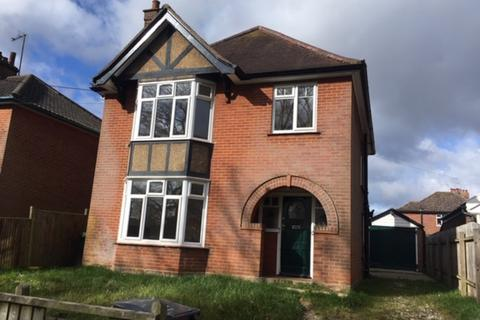 3 bedroom detached house to rent - Recreation Road, Stowmarket