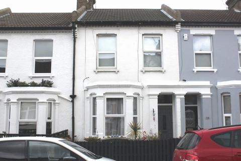 1 bedroom flat for sale - Shakespeare Drive, Westcliff-On-Sea