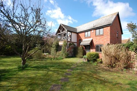 4 bedroom detached house for sale - Windward Way, South Woodham Ferrers, Essex, CM3