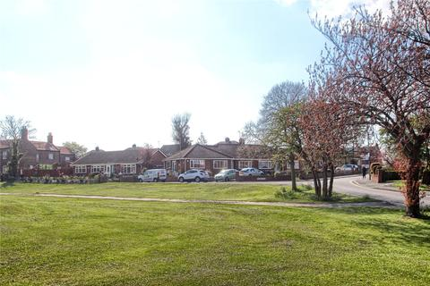 2 bedroom semi-detached bungalow for sale - Lawrence Road, Thornaby