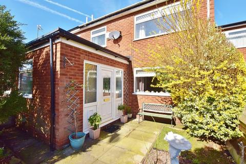 3 bedroom terraced house for sale - Ellesmere Street, Eccles