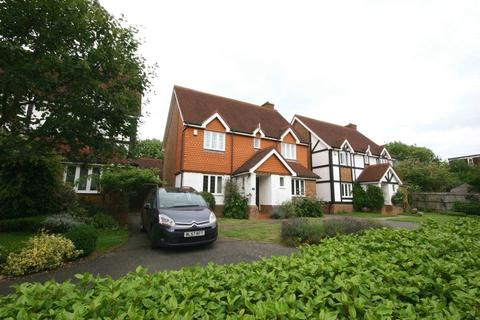 4 bedroom detached house for sale - Greenfield Drive