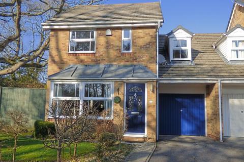 4 bedroom semi-detached house for sale - Edwina Drive, Poole