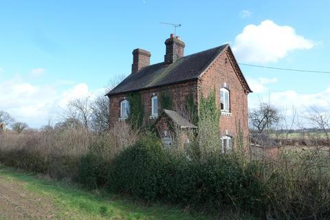 3 bedroom cottage for sale - Wood lane, Bradwall