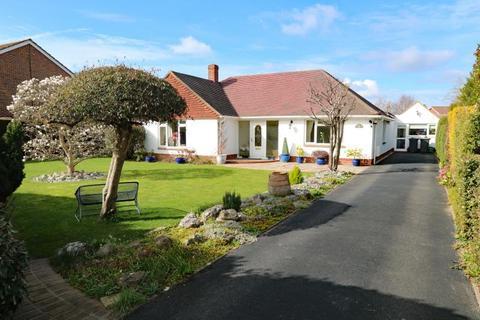 4 bedroom detached bungalow for sale - Staunton Avenue, Hayling Island