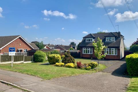 3 bedroom chalet for sale - Well Lane, Galleywood, Chelmsford, CM2
