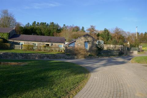 3 bedroom property with land for sale - Porthyrhyd, Llanwrda