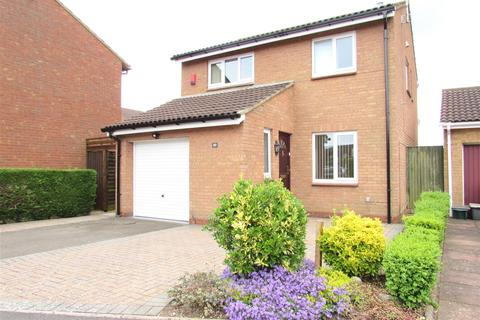 3 bedroom property to rent - Morrell Close, Luton