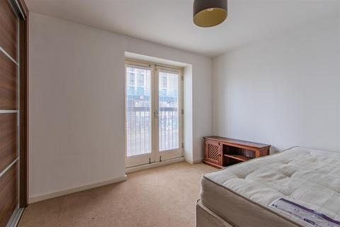 2 bedroom apartment to rent - Lloyd George Avenue, Cardiff