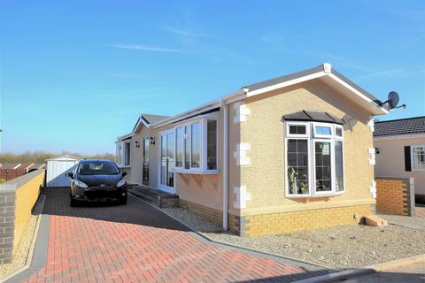 2 bedroom park home for sale - Winston Road, Cambrian Residential Park, Cardiff