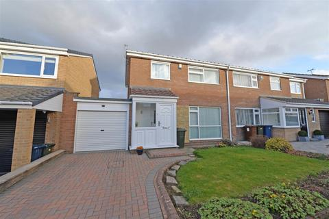 3 bedroom semi-detached house for sale - Kenmoor Way, Chapel park
