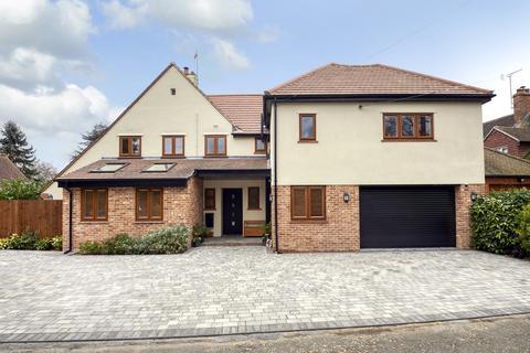 5 bedroom detached house for sale - Richardson Walk, Colchester, CO3 4AJ