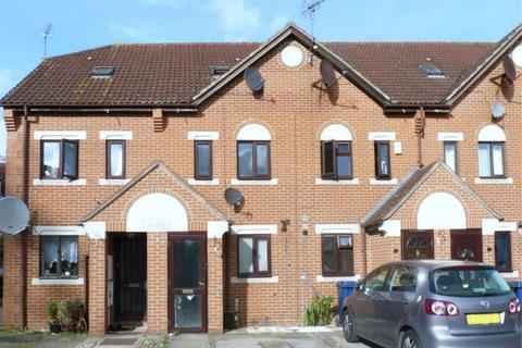 3 bedroom house to rent - Swan Drive, London