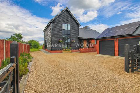 4 bedroom barn conversion for sale - Mill Lane, Virley, Maldon, CM9