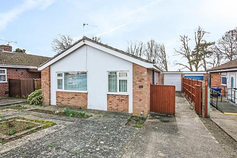 2 bedroom detached bungalow for sale - Newmarket CB8