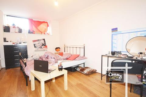 1 bedroom flat to rent - Hanover Court, SO14