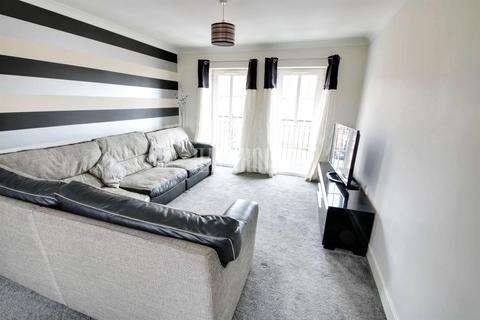 2 bedroom flat for sale - Greenacre Close, Gleadless, S12