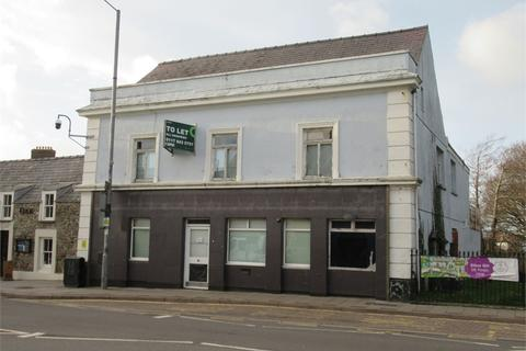 End of terrace house to rent - Former Barclays Bank Premises, Market Square, Fishguard, Pembrokeshire