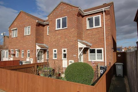 3 bedroom end of terrace house for sale - Seacroft Road, Mablethorpe