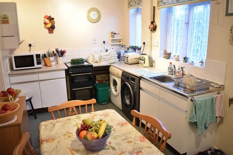 2 bedroom end of terrace house for sale - Kenmuir Avenue, Northampton