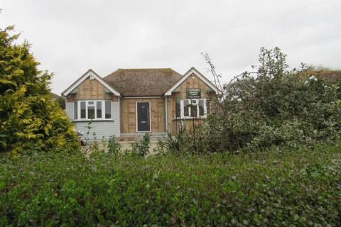 2 bedroom detached bungalow for sale - Whitstable Road, Herne Bay