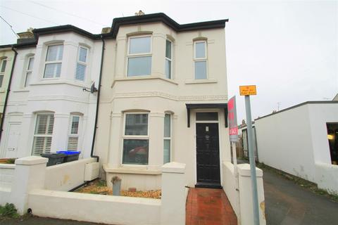 3 bedroom end of terrace house for sale - Cecil Road, Lancing
