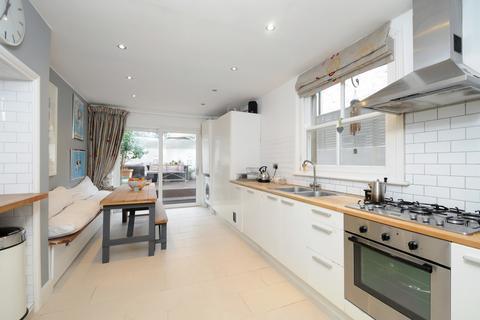 4 bedroom terraced house to rent - Felixstowe Road, Kensal Green NW6