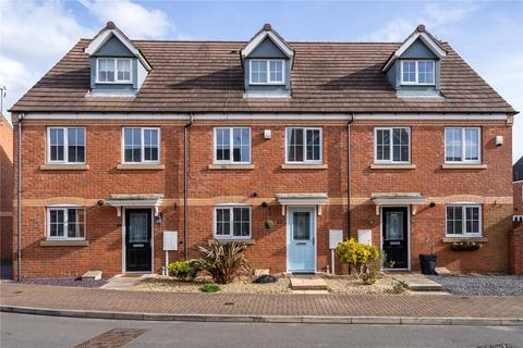 3 bedroom townhouse for sale - Clover Way, Syston, Leicester, Leicestershire, LE7