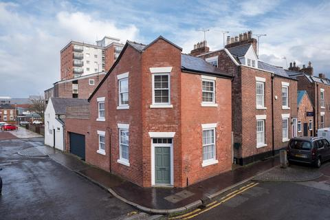 2 bedroom house for sale - 2 bedroom House Link Detached in Chester