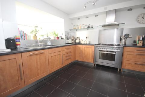 3 bedroom house to rent - Cramphorn Walk, Chelmsford, CM1