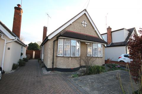 3 bedroom bungalow to rent - Seventh Avenue, Chelmsford, CM1