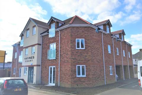 2 bedroom apartment to rent - Haynes Court, Bedford, Bedfordshire, MK42