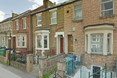 Studio to rent - Bullingdon Road,  Bills Included,  OX4